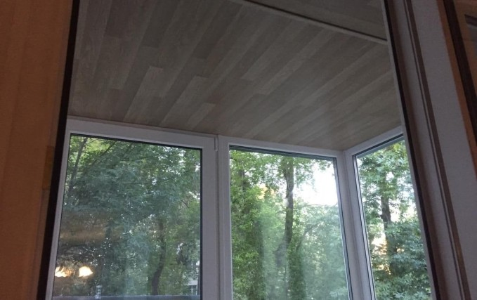 Монтаж балкона. Теплый пол, плитка, обшивка 4