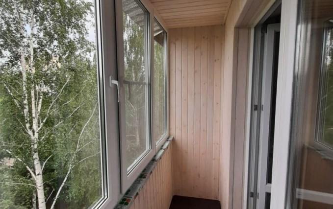 Теплый балкон из профиля Века. Отделка 2