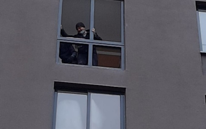 Монтаж теплого балкона из профиля Veka 1