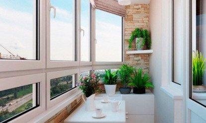 Остекление лоджии 6 метров сделает пространство более удобным и уютным, а квартиру в целом более теплой. Шестиметровую лоджию можно встретить и в «хрущевке», и в кирпичном или панельном доме старой серии, и в новостройке. При обустройстве лоджий длиной 6 метров можно использовать вариант холодного остекления, пластикового (теплого) остекления или панорамный вариант.
