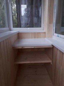 Монтаж, обшивка балкона и полочки