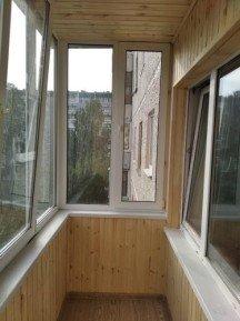 Обшивка балкона, утепление, электрика