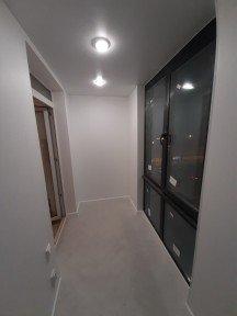 Монтаж теплого балкона из профиля Veka: фото работ