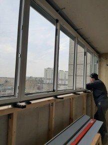 Установка теплого балкона и парапета