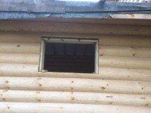 Выпил проемов и монтаж конструкций в деревянном доме
